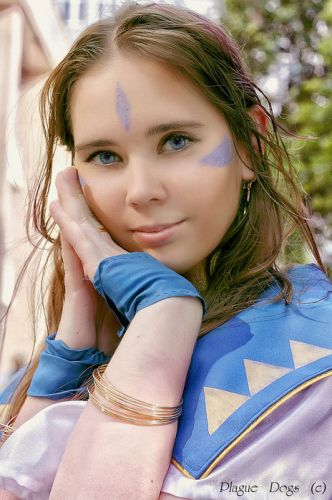 Ah! My Goddess! Belldandy Cosplay Fotos