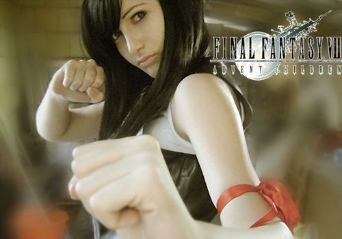 Final Fantasy Tifa Lockhart Cosplay