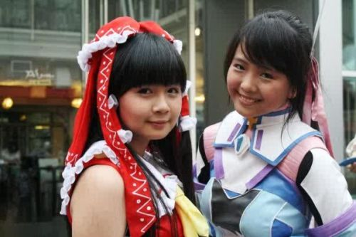 Touhou Project and Star Ocean Reimu Hakurei and Reimi Saionji Cosplay Fotos